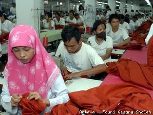 50 Perusahaan Garmen Jawa Barat Akan Hengkang ke Jawa Tengah