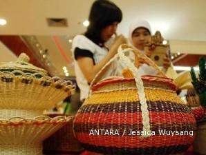 Industri Mebel Rotan Cirebon Makin Menyusut