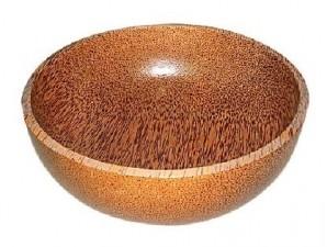 Kerajinan dari kayu kelapa tengah naik daun