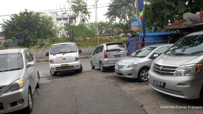 Selama Lebaran tarif travel di Surabaya naik 100%