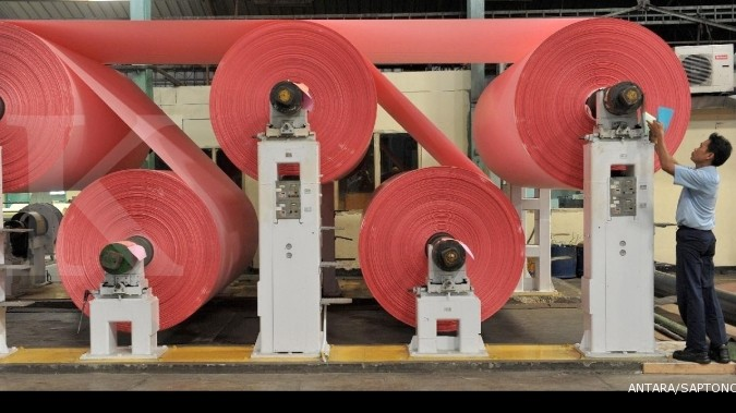 Ekspor kertas ke Aussie merosot karena bea masuk