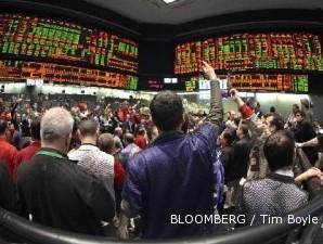Wall Street mencatatkan performa terburuk dalam periode setahun ini
