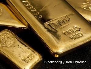 Harga emas alami penurunan terbesar dalam setahun terakhir