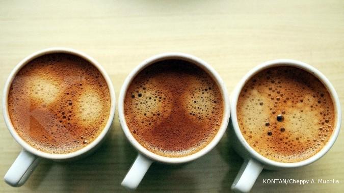 Manfaat menambahkan garam ke gelas kopi