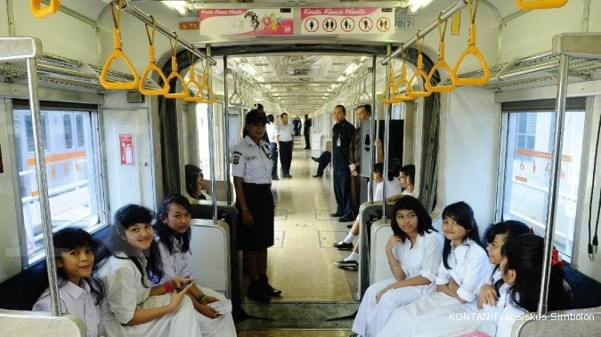 Tarif KRL Commuter Line turun 50%