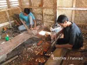 Sentra kerajinan golok Tasikmalaya sudah ada sejak seabad silam (1)