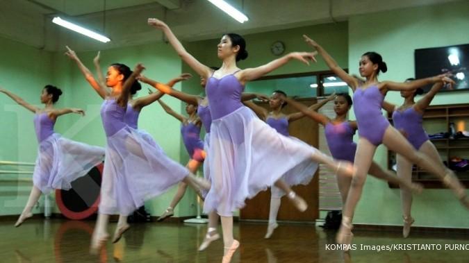 1.200 penari dalam pentas Dancing at 60