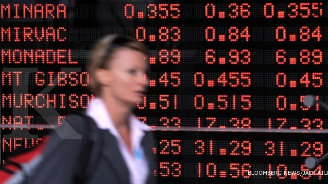 Australia shares show broad-based losses as U.S. data looms, NZ edges higher