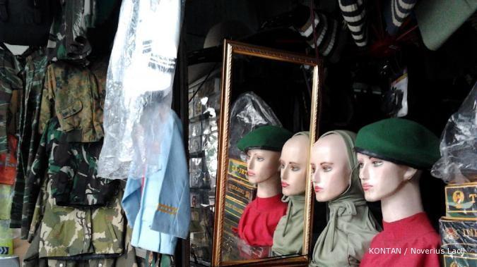 Sentra pakaian TNI Cimahi: Perlu relasi (3)