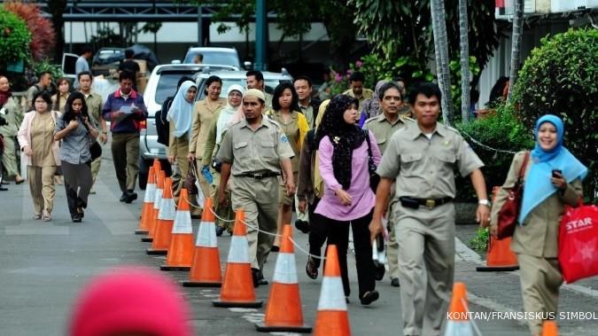 Pemerintah tunda pencairan gaji ke-13 PNS