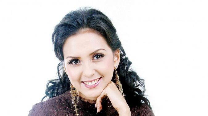 Donna Agnesia: Belajar manajemen restoran