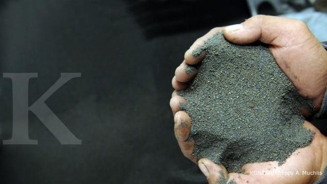 Relaksasi mineral mentah menekan harga jual nikel