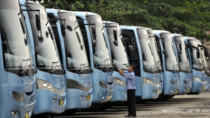 Industri wisata mendongkrak penjualan bus