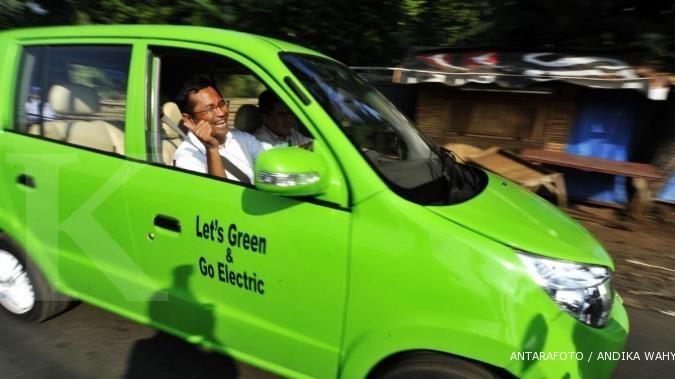 Dahlan akan uji coba mobil listrik bikinan Pindad