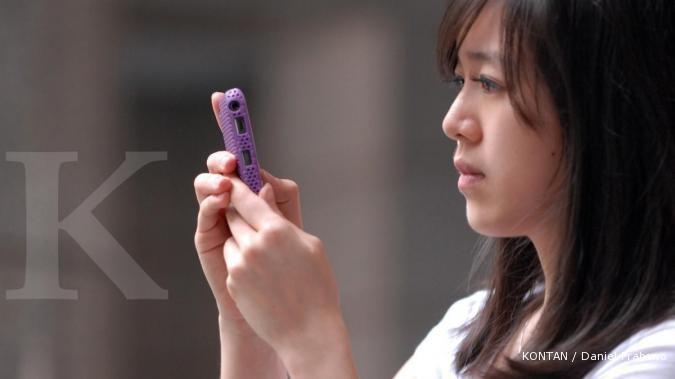 Cross geser posisi Samsung dan BlackBerry