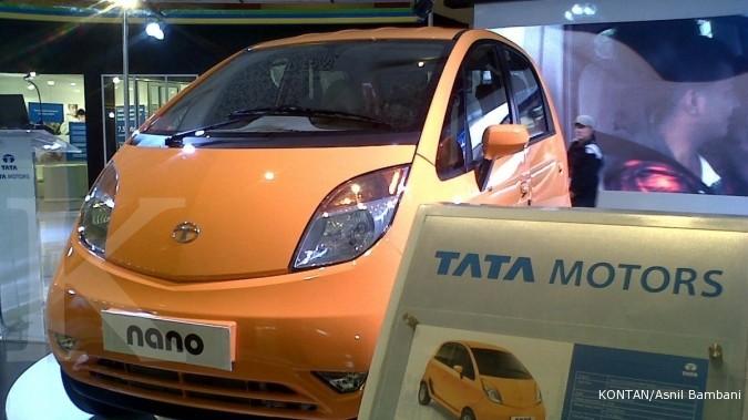 Seharga Motor, Mobil Tata Nano di Indoensia Ini Bikin Heboh ...