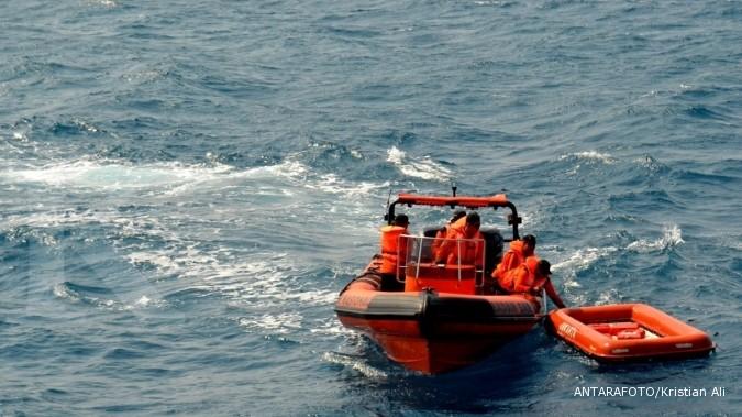 Kapal kecil dilarang menyeberang Selat Sunda