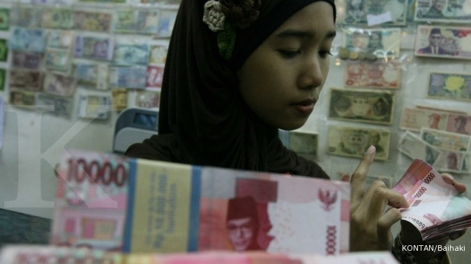 Kurs rupiah vs dollar di money changer juga keok