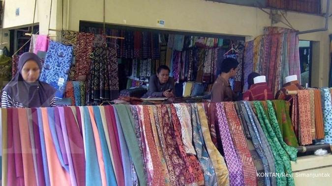 Sentra Kain Cirebon: Jual aneka bahan celana (1)