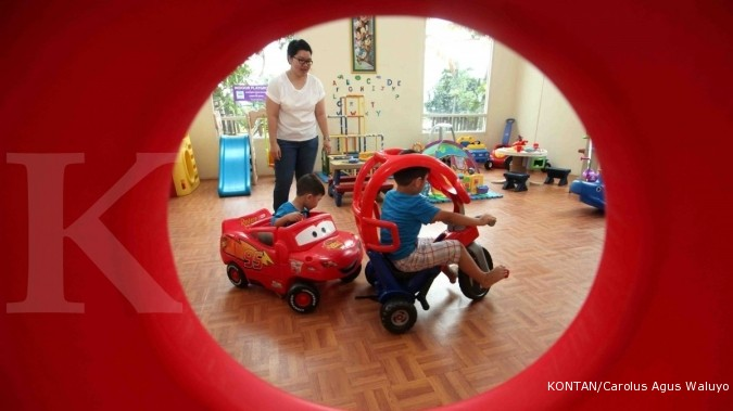 Memberi mainan edukatif membuka celah usaha penyewaan mainan anak anak