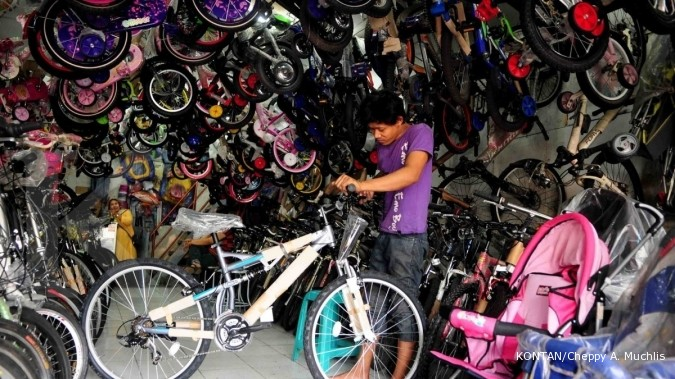 Pasar Rumput: Cocok berburu sepeda murah (1)
