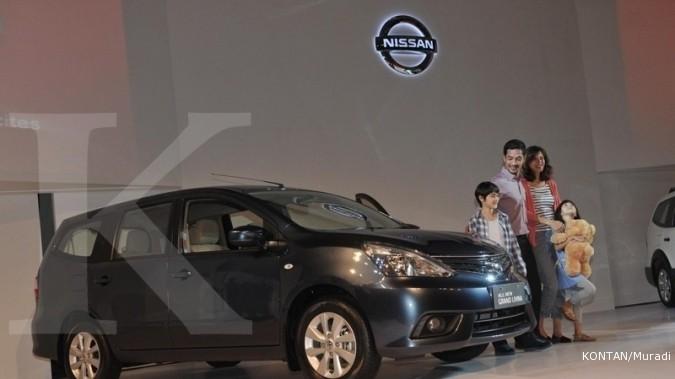 Lelang mobil dinas Nissan Grand Livina harga Rp 35 jutaan ditutup hari ini