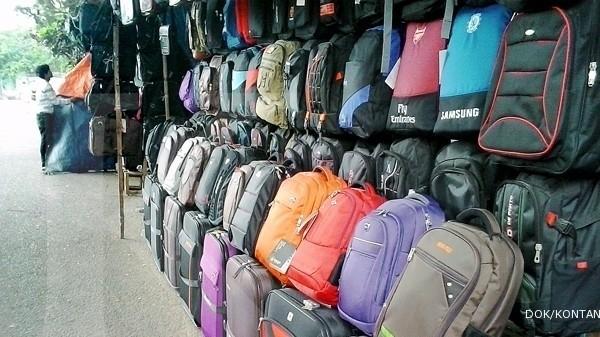 Berburu tas koper di Jalan Merdeka (1) e17a429c52