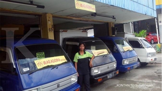 Harga mobil pick up bekas termurah Rp 50 juta per Desember, dapat apa saja? KONTAN/Tri Sulistiowati