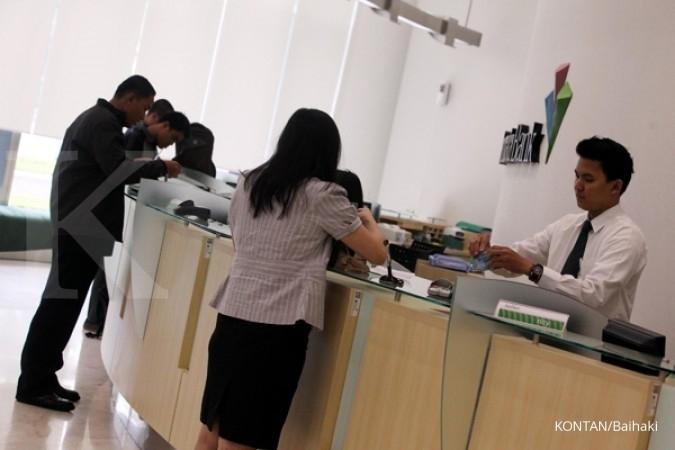 Kredit manufaktur hingga April tumbuh 4%