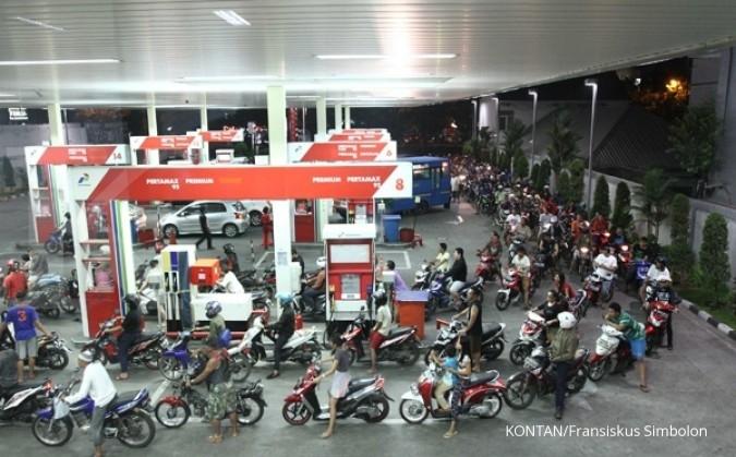 Subsidi tetap BBM, kado akhir tahun dari Jokowi-JK