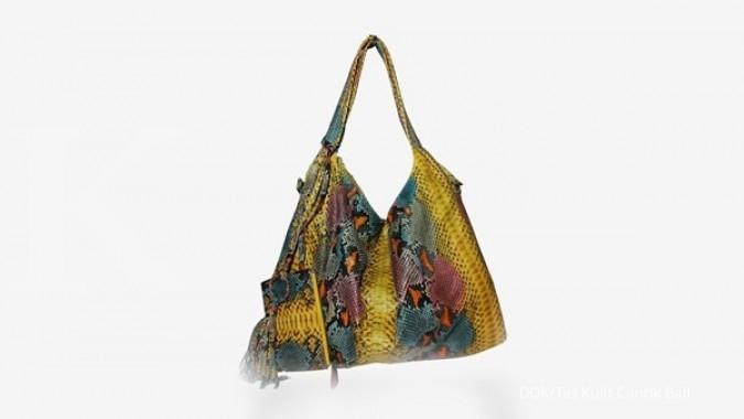Peluang trendi tas kulit ular piton dari Bali 8f0cf4f858