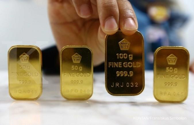 Harga jual emas Antam turun tipis