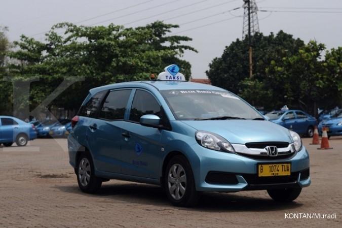 Blue Bird meluncurkan taksi MPV di Bali