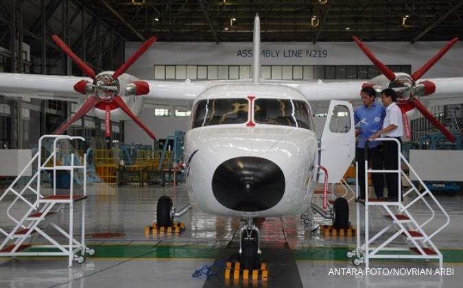 Maskapai Air Born pesan 8 unit N219 PT DI