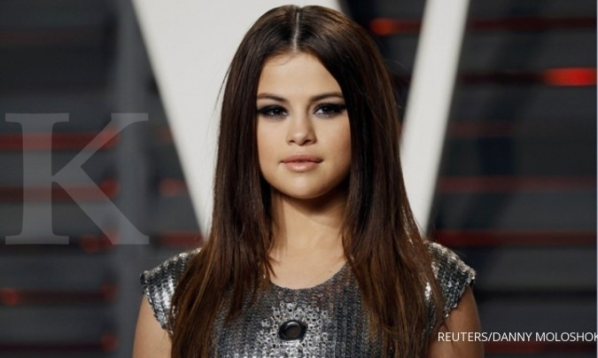 Video single terbaru Selena Gomez sudah ada di YouTube