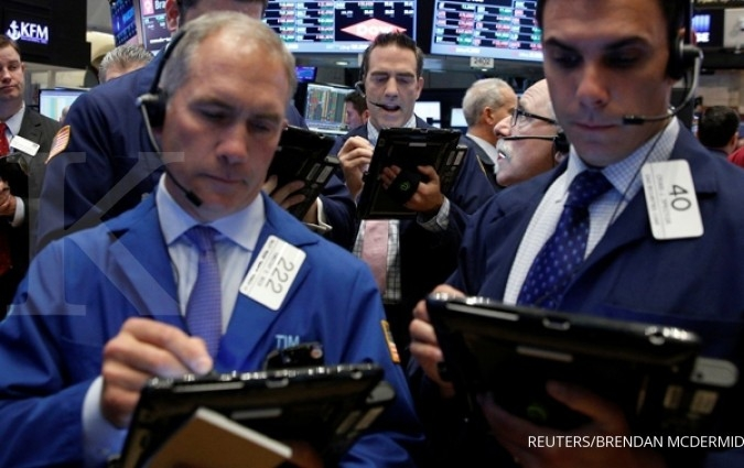 Wall Street stagnan pasca risalah The Fed