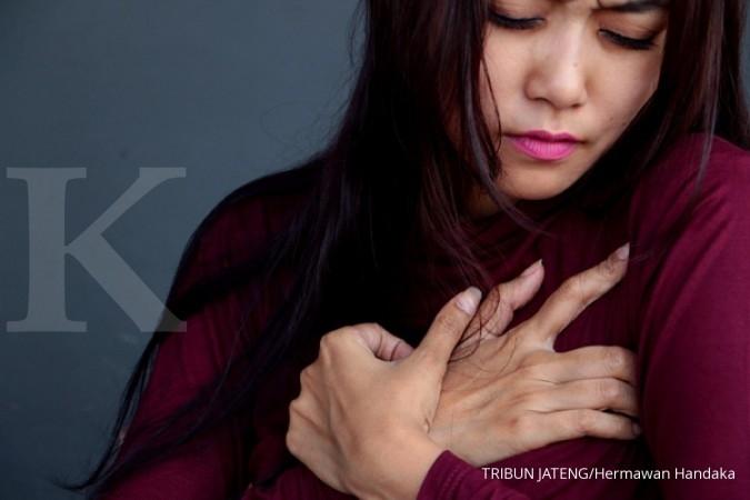Kardiomiopati bisa jadi salah satu penyebab sakit dada sebelah kiri.