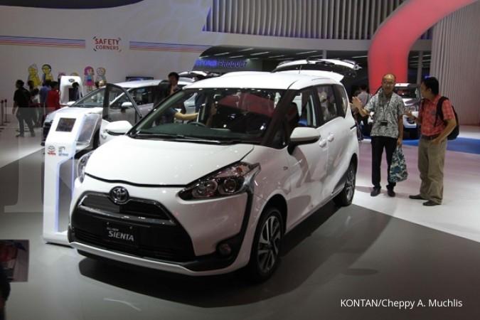 Penjualan Toyota Sienta kian jeblok
