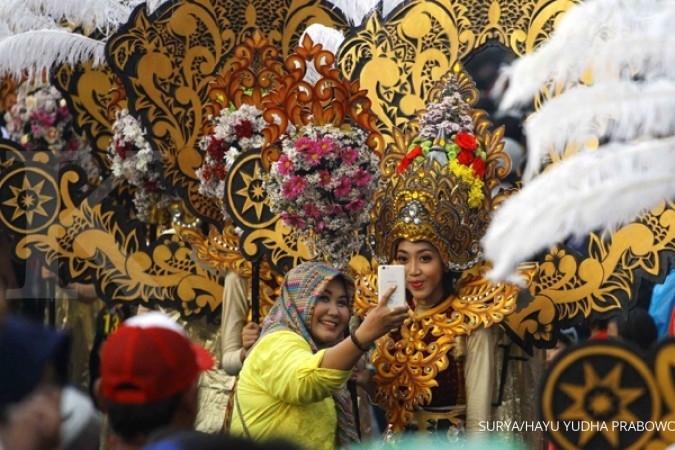 Peserta Malang Flower Carnival melonjak