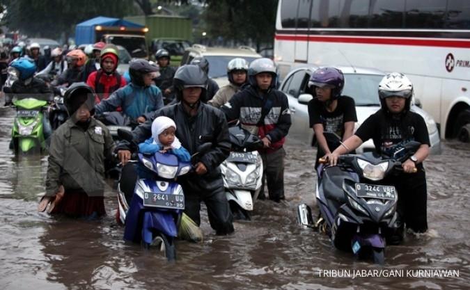Aher: Atasi banjir, perlu negosiasi tingkat dewa