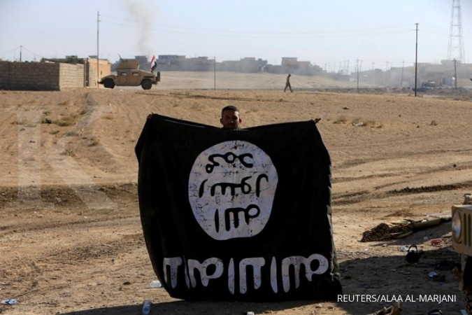Former civil servant sells possessions to join IS