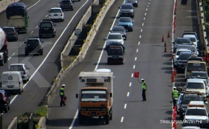 Tabrakan beruntun di Tol Cipularang, 2 orang tewas