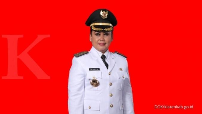 Megawati pecat Bupati Klaten Sri Hartini