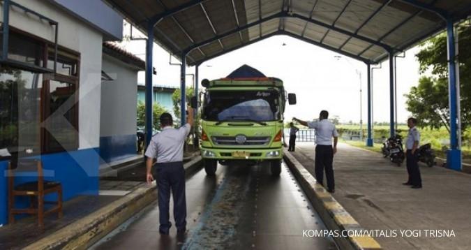 Angkutan barang diminta tak langgar batas muatan