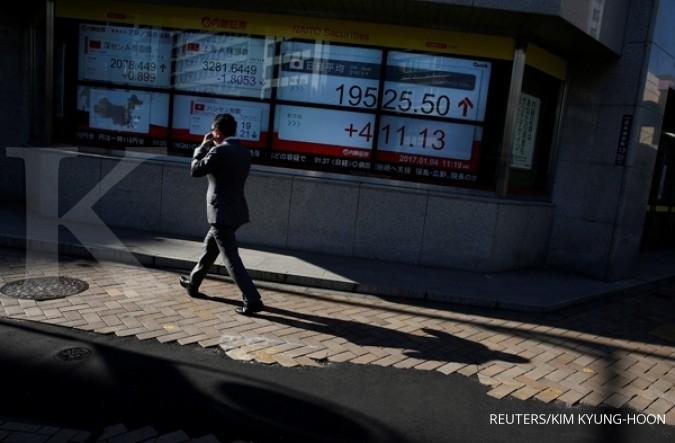 Bursa Asia mengekor kegembiraan Wall Street