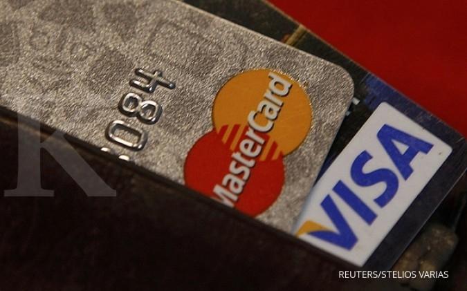 Bunga kartu kredit turun, transaksi naik