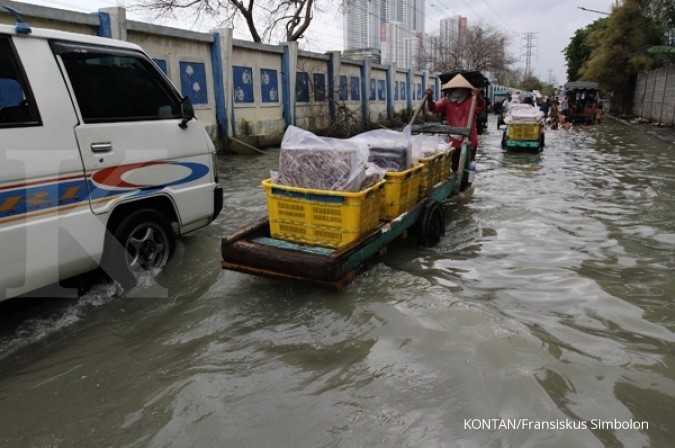 Kali Angke siaga 3, waspada banjir kiriman