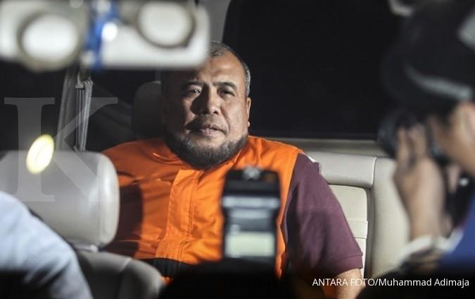 Meski membantah, Patrialis Akbar tetap ditahan