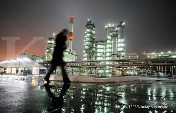 Harga minyak tertahan naiknya produksi AS
