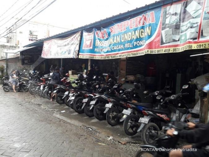 Riuhnya sentra percetakan di Tangerang (2)